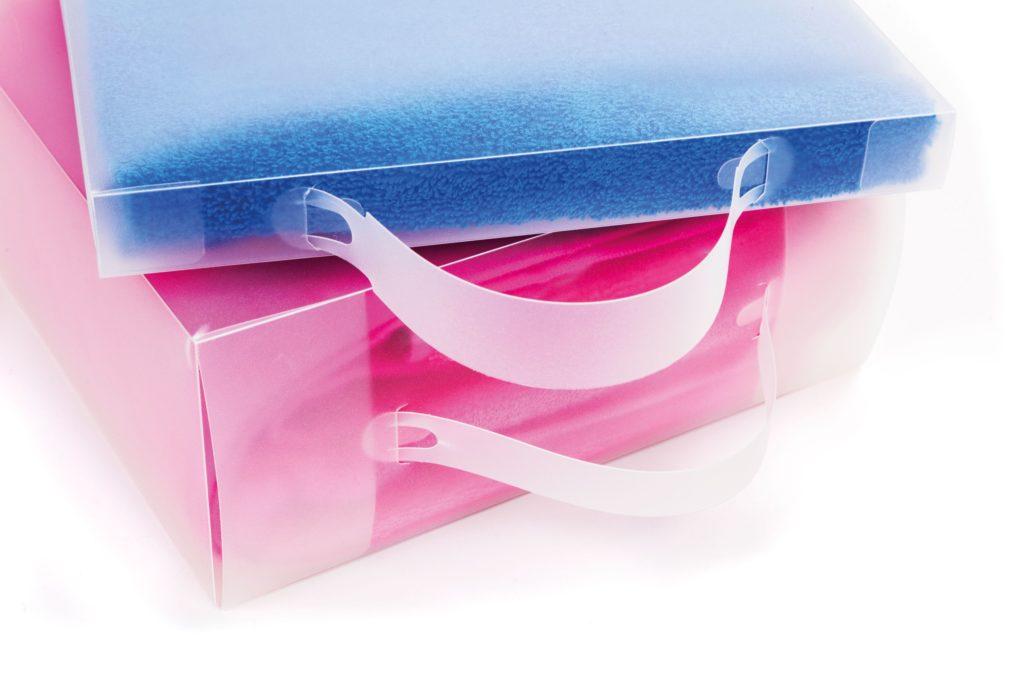 Balení froté dárku-plastový kufřík